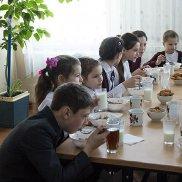 «Клуб завтраков» помогает детям | МОО «Союз православных женщин»