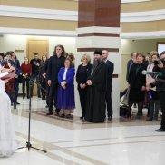 В областном парламенте открылась выставка «Орденское собрание» | МОО «Союз православных женщин»