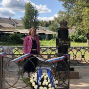 Открытие воссозданного памятного знака императрице Елизавете Алексеевне в городе Белеве Тульской области | МОО «Союз православных женщин»