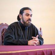 Благотворительная помощь для борьбы сCOVID19 направляется вИндию | МОО «Союз православных женщин»
