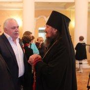 Дарить пасхальную радость ближним | МОО «Союз православных женщин»