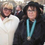 Памятник святым супругам Евфросинии и Дмитрию Донскому открыт в Москве | МОО «Союз православных женщин»
