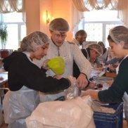С 2014 года жители Воронежской области получили около 245 тысяч порций «Народных обедов» | МОО «Союз православных женщин»