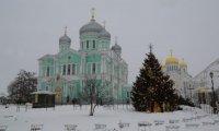 В день памяти преподобного Серафима Саровского в Серафимо-Дивеевском монастыре состоялась праздничная Божественная литургия