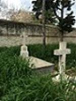 Греция: На Пирейском кладбище, где похоронены русские военные прошел субботник