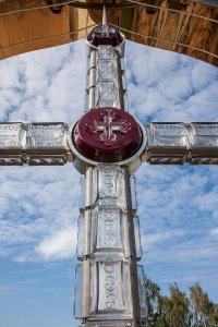 Поклонный хрустальный крест открыт в Дятькове